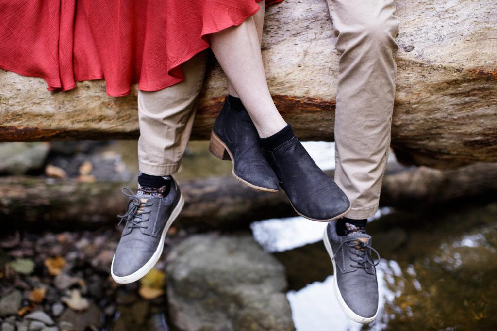 closeup of shoes engagement session niagara
