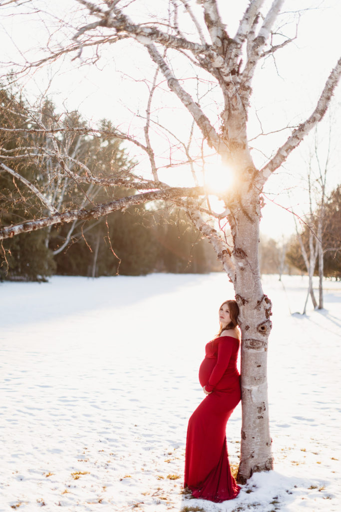 beautiful outdoor maternity session niagara photographer
