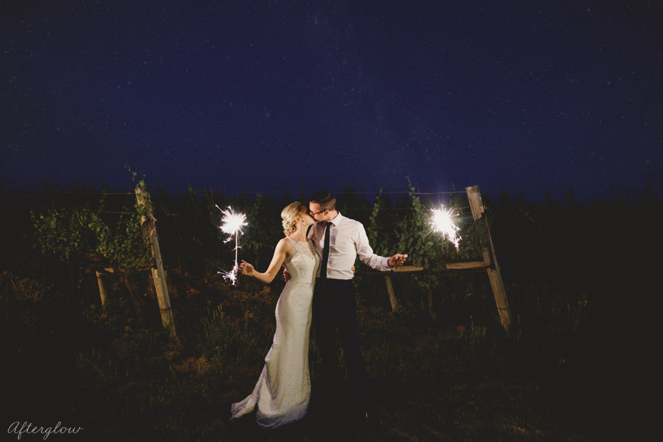 sparklers at night ravine vineyard wedding niagara photographer