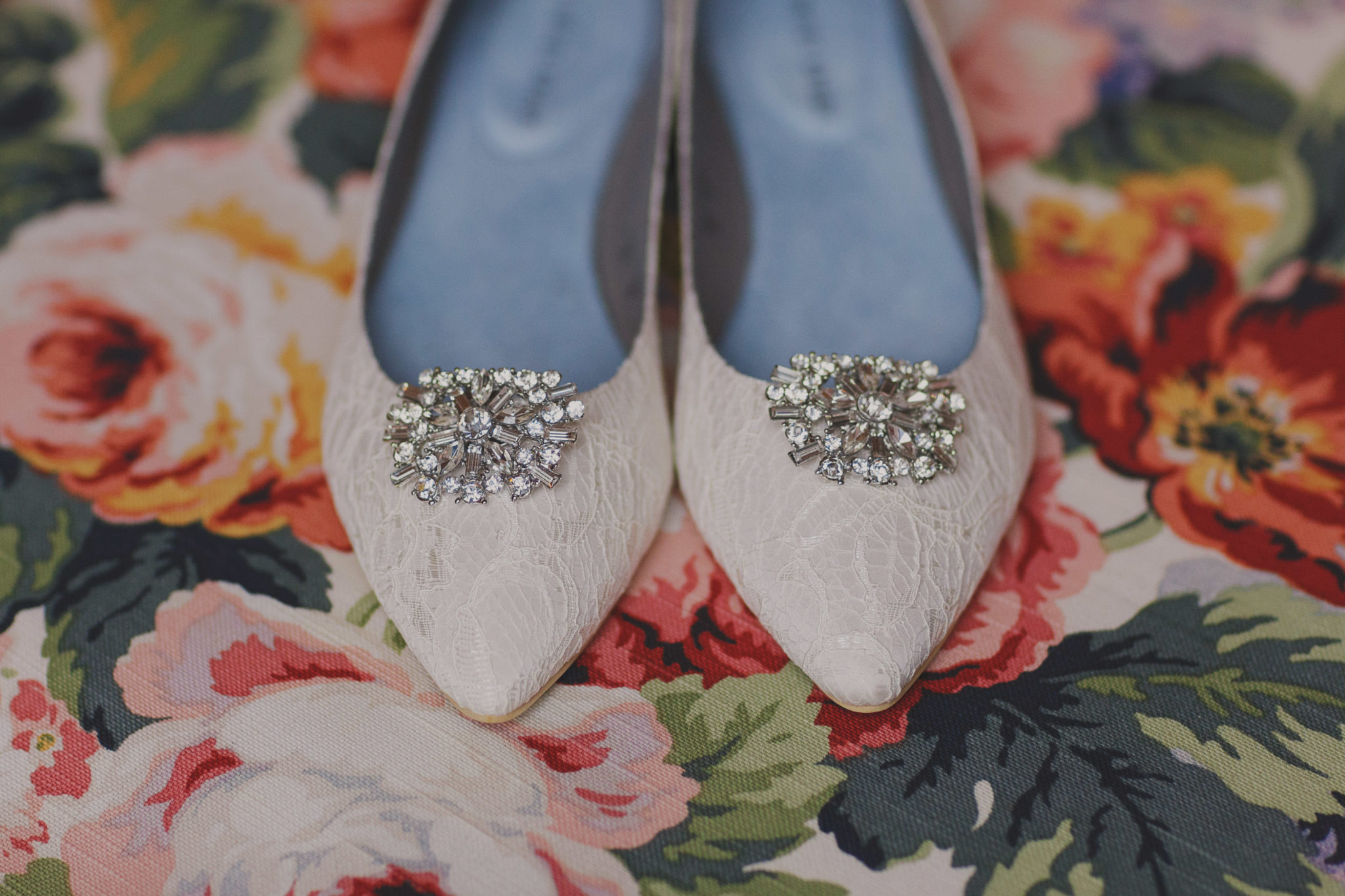 wedding-shoes-white-bride-floral-niagara