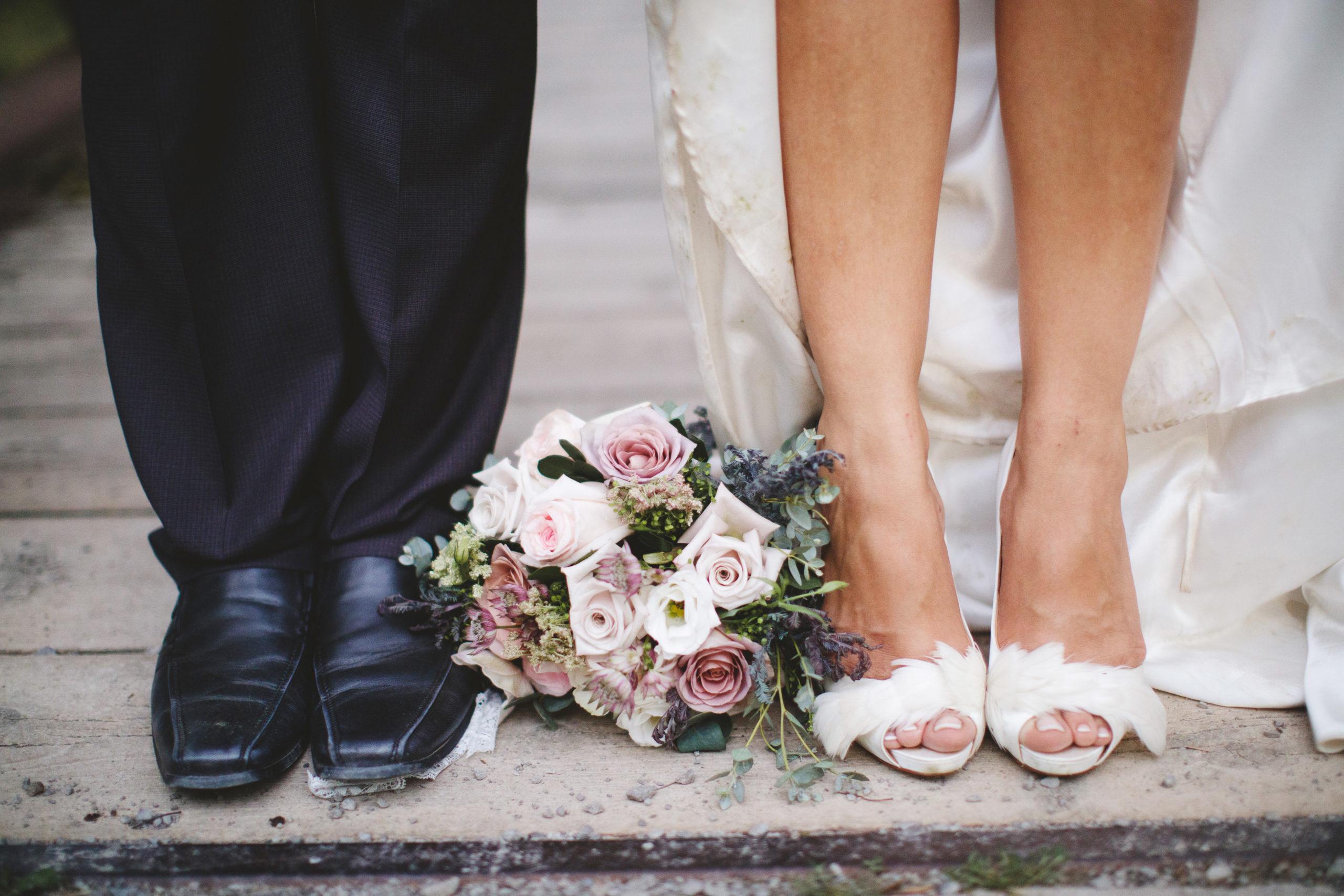 e Balls Falls Wedding Vintage Chic Style