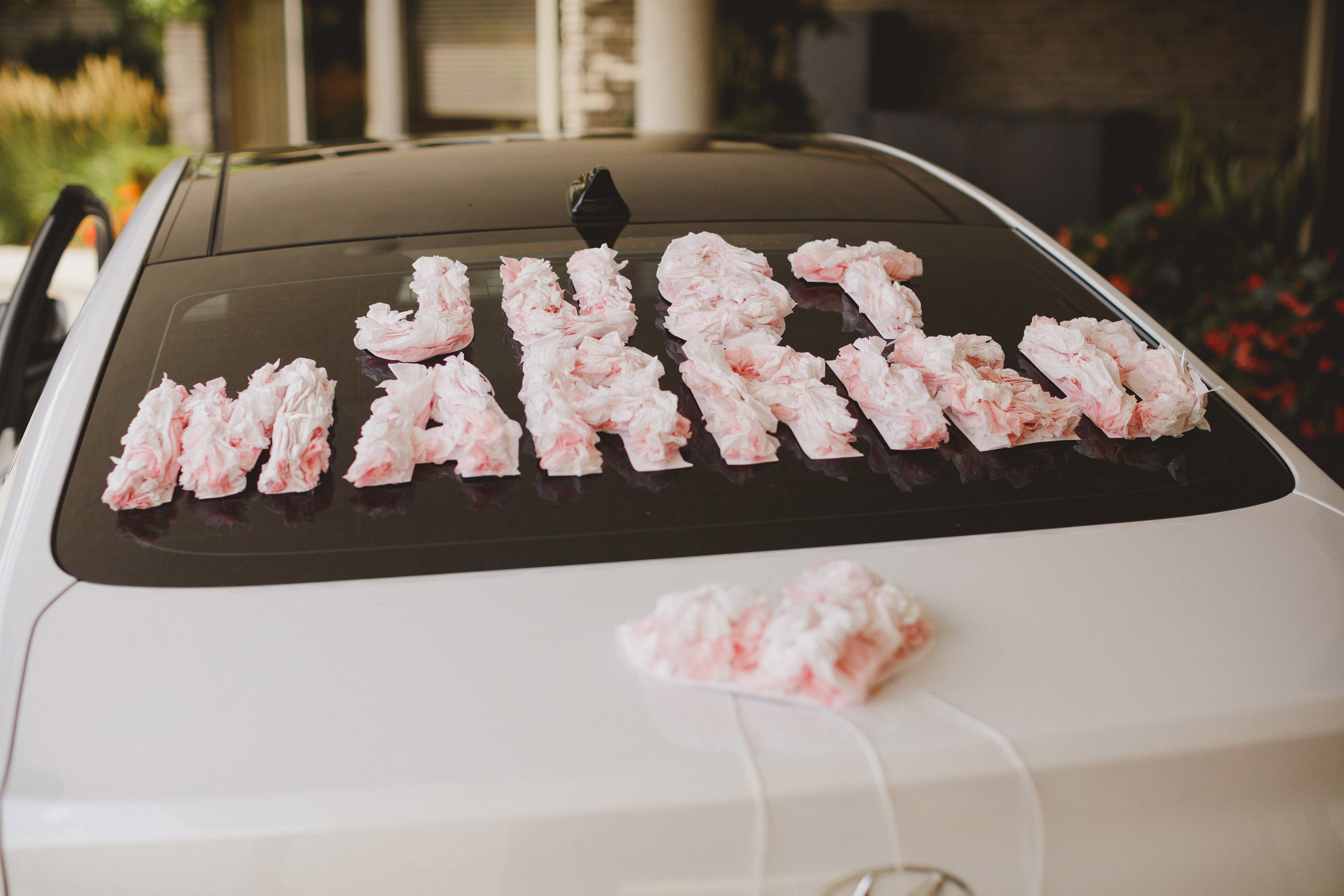 just married decoration car white oaks wedding niagara