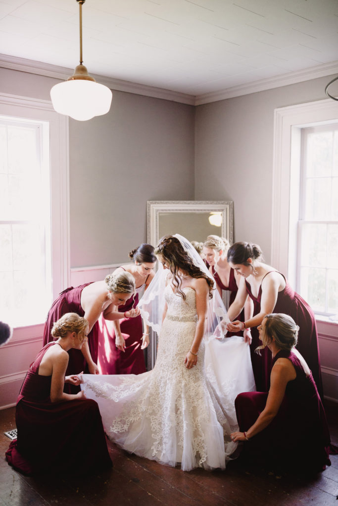 balls falls bridal suite bride bridesmaids getting ready wedding photography