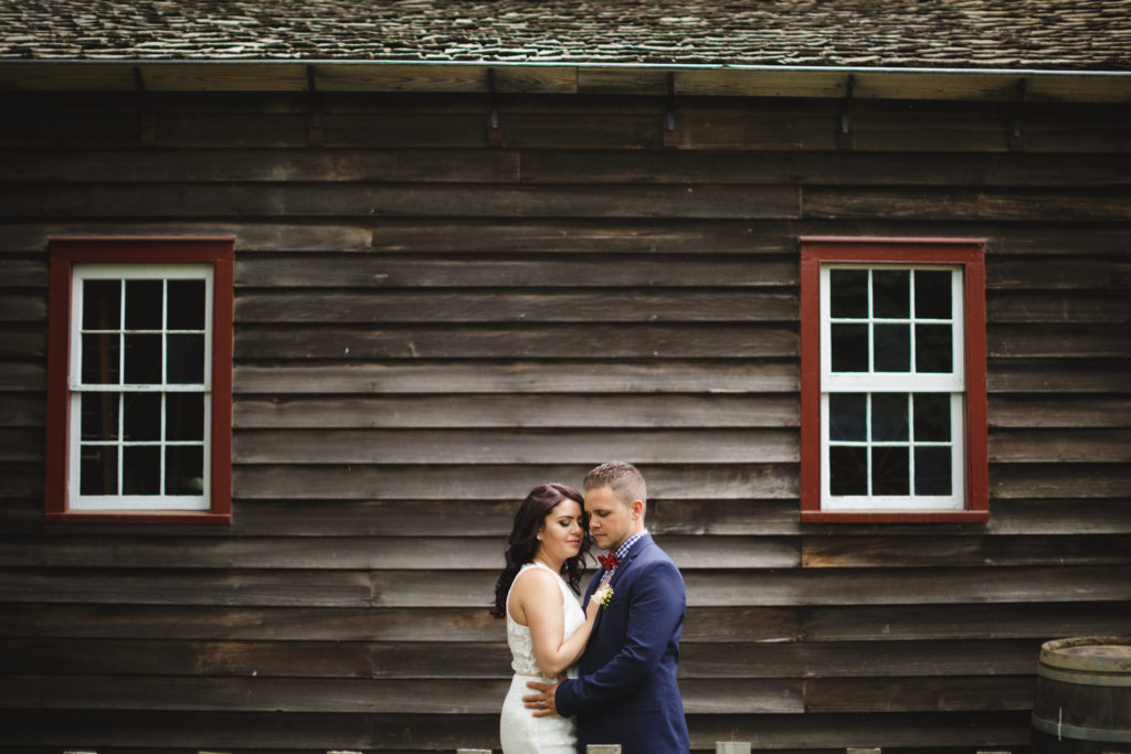 inn on the twenty elopement wedding photographer niagara