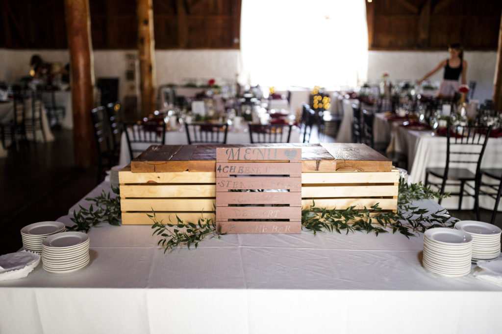 balls falls wedding photographer big barn reception
