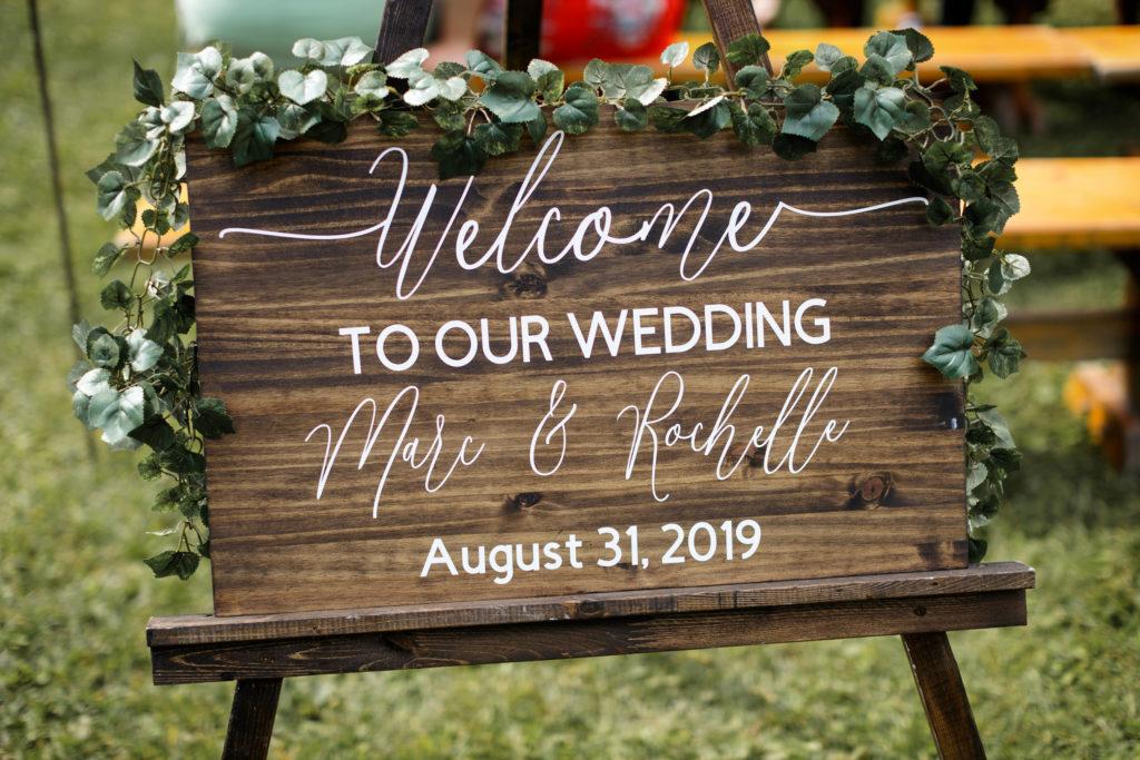 balls falls wedding outdoor ceremony watering can flowers niagara photographer