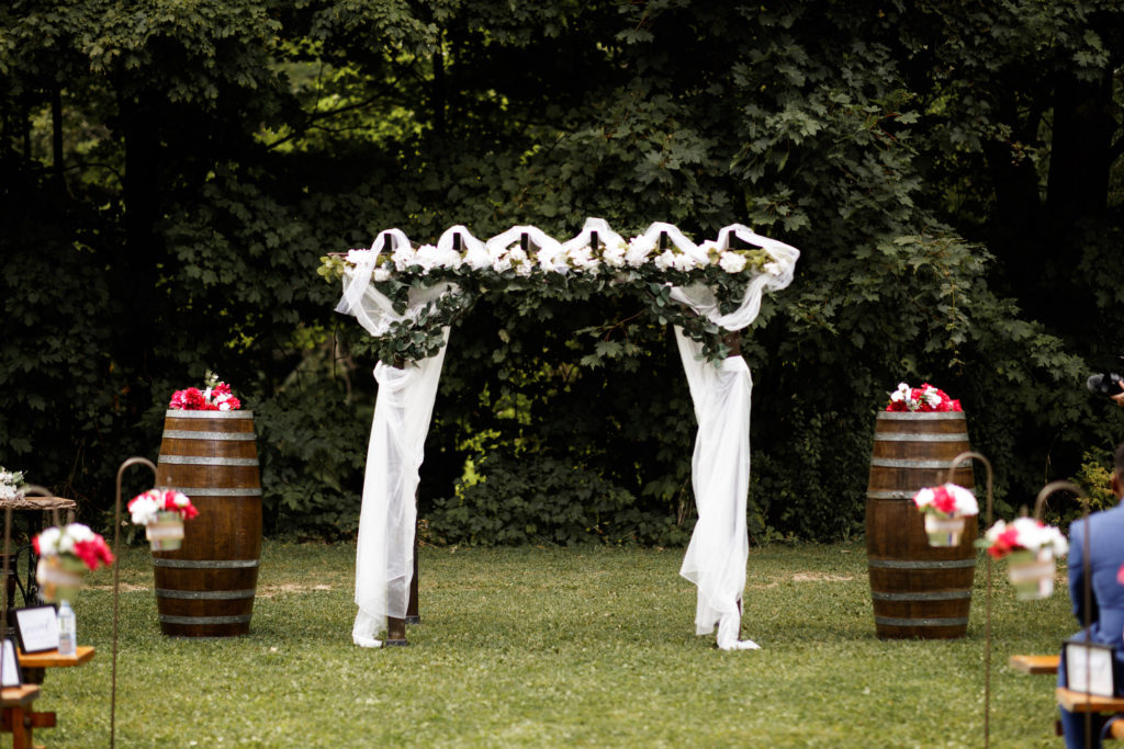 balls falls outdoor wedding ceremony brooker events planning wedding photographer jordan