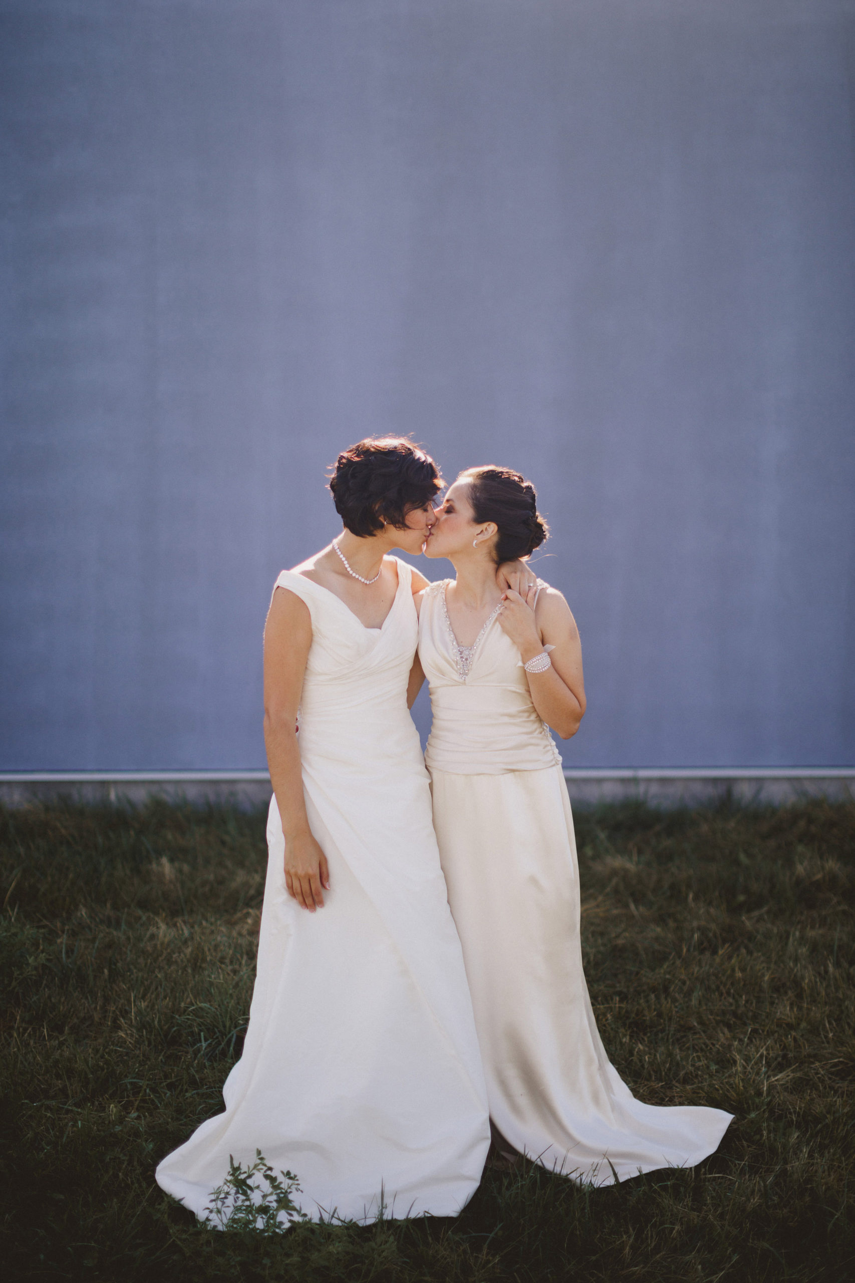 two brides wedding southbook winery niagara lgbtq photographer