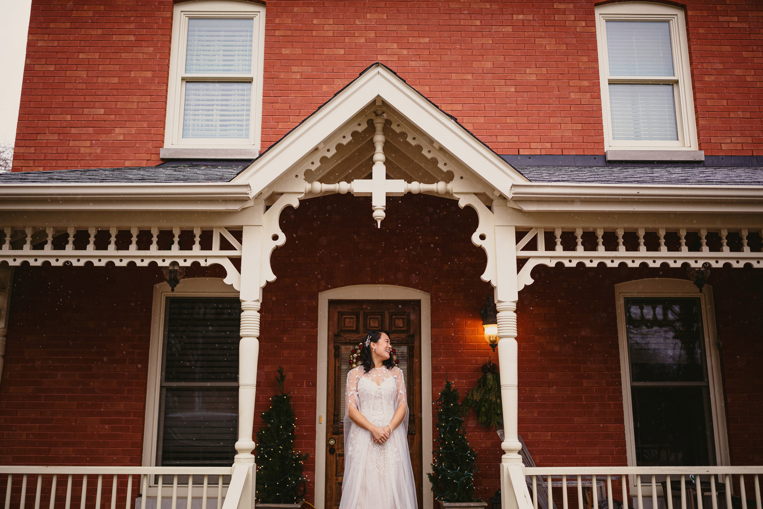 winter wedding cave spring guest house vineland niagara photographer snow