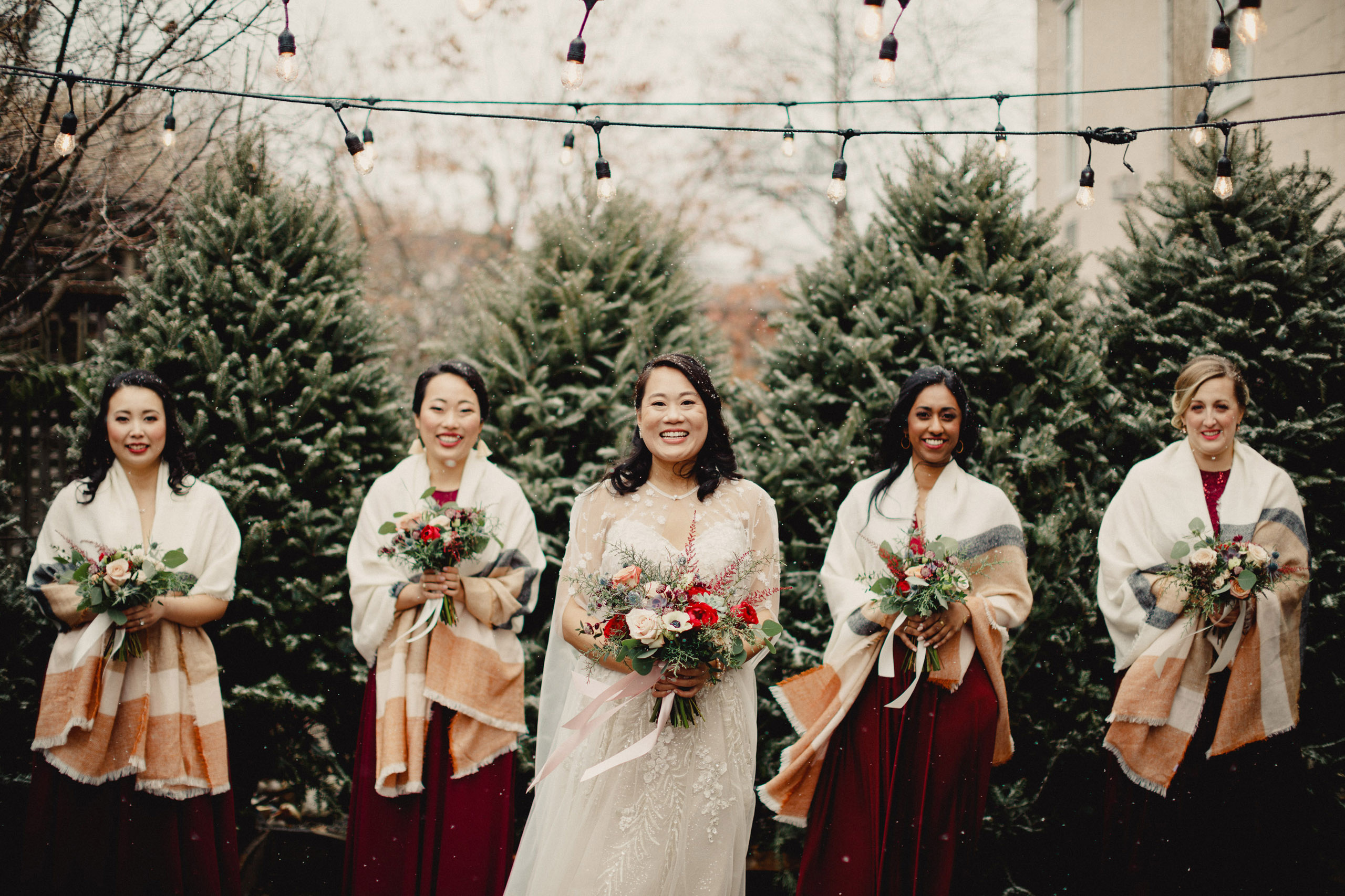 bridemaids group winter wedding snow inn on the twenty outdoor niagara photographer