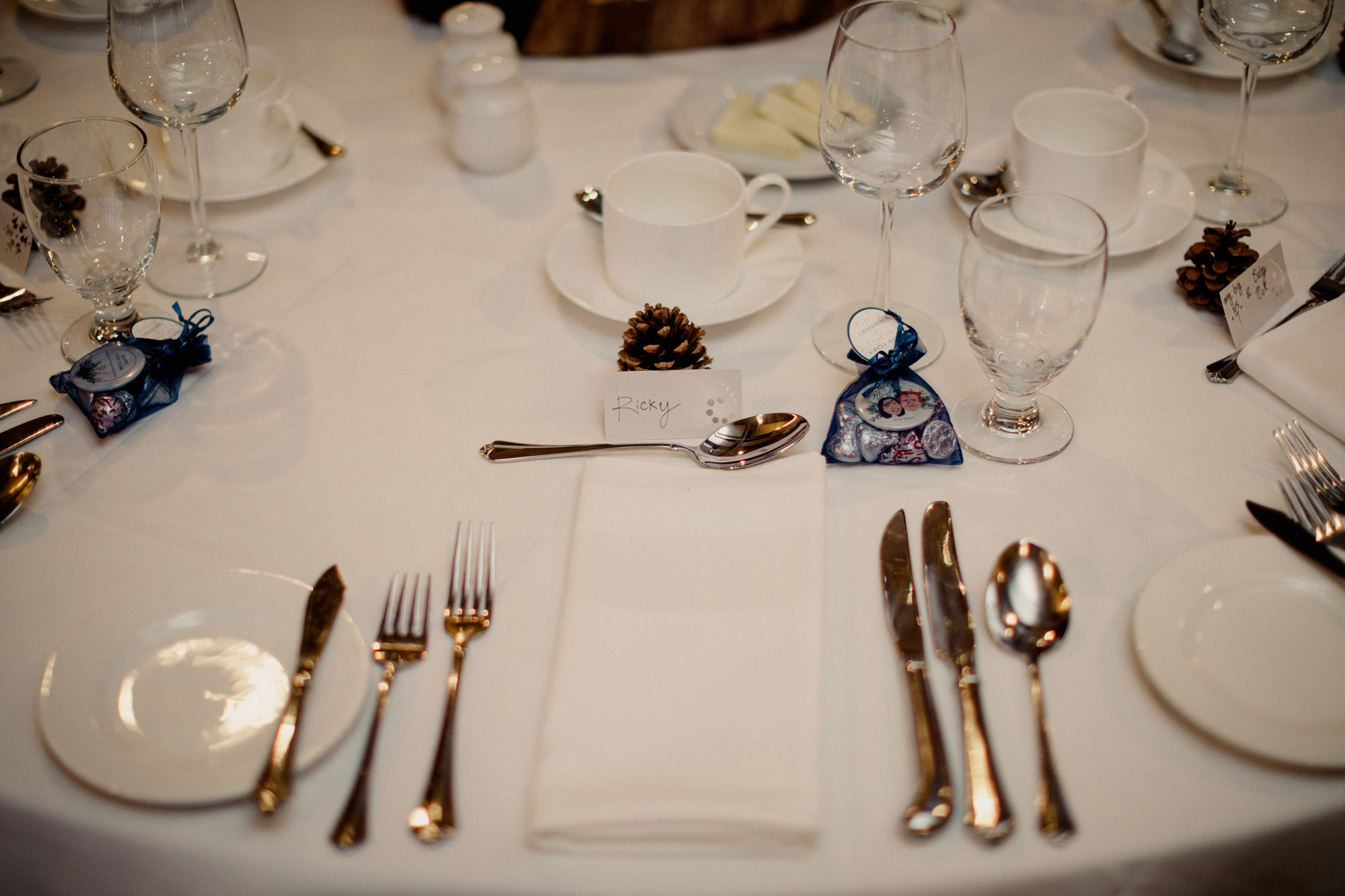 winter wedding reception table setting
