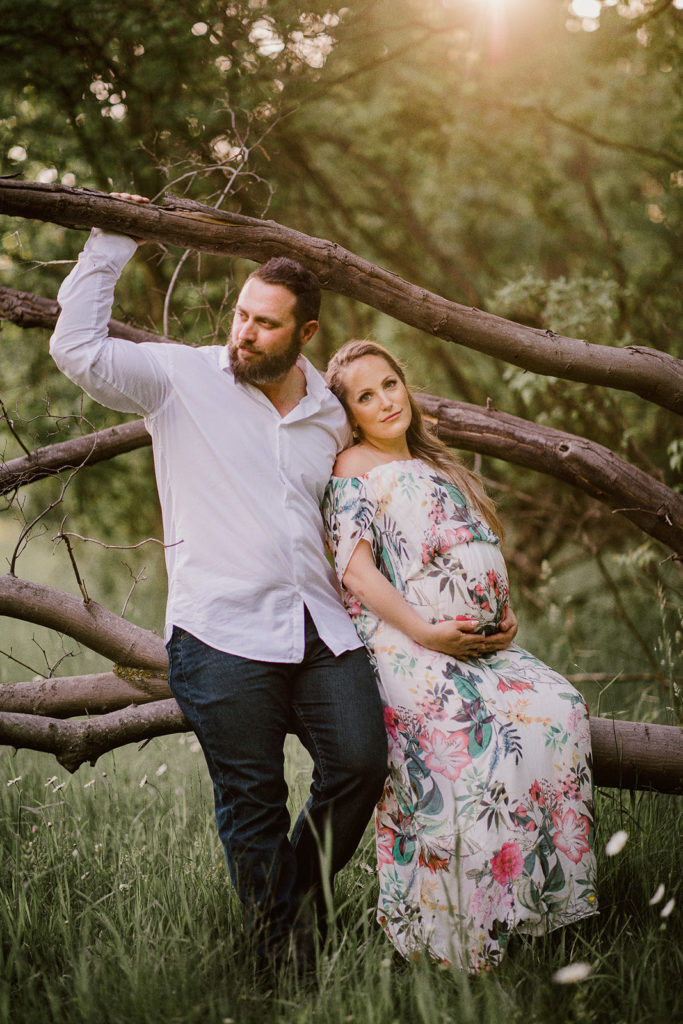 Niagara Maternity Photographer Couple Romantic