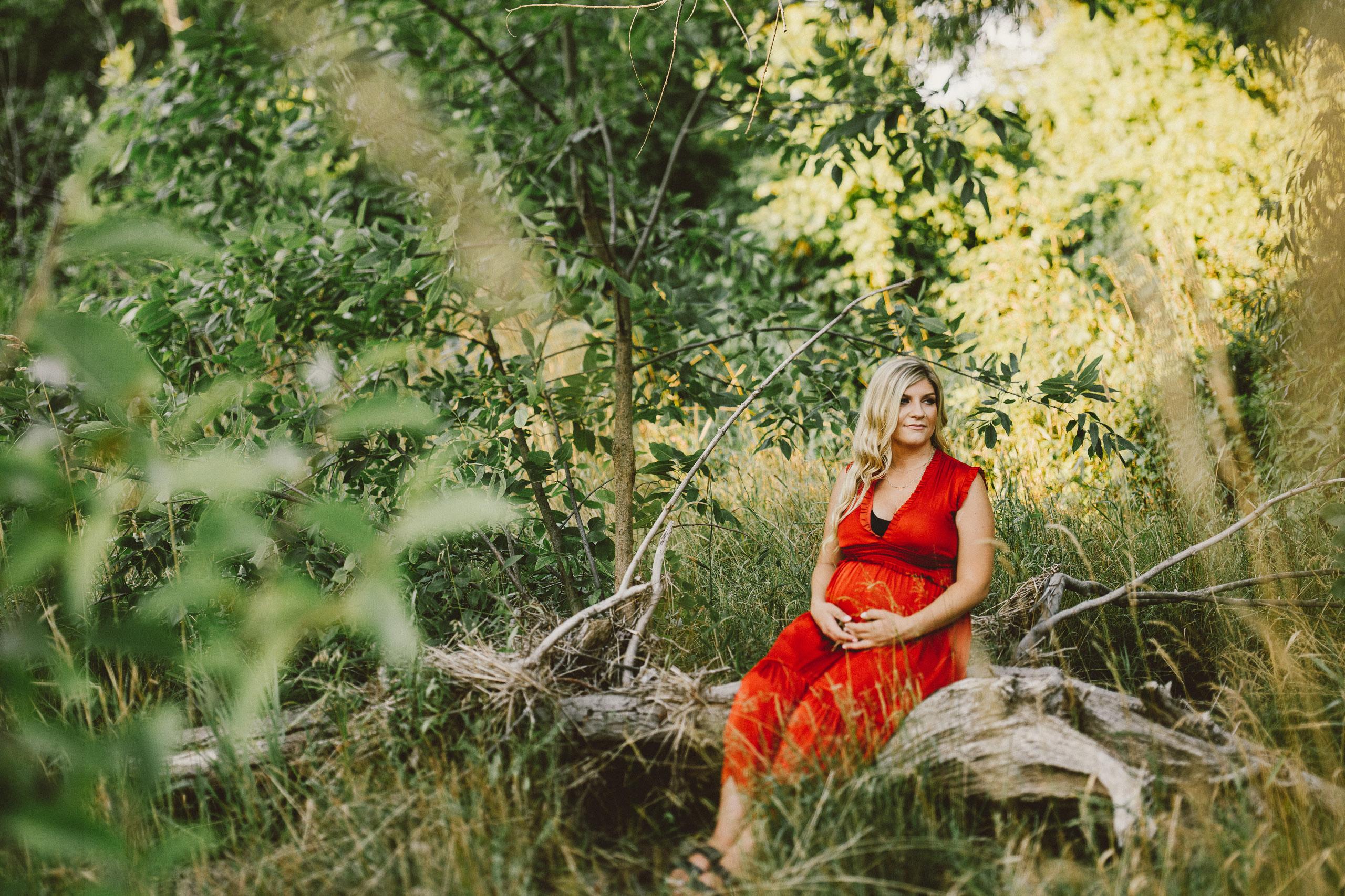 niagara film photographer maternity outdoor