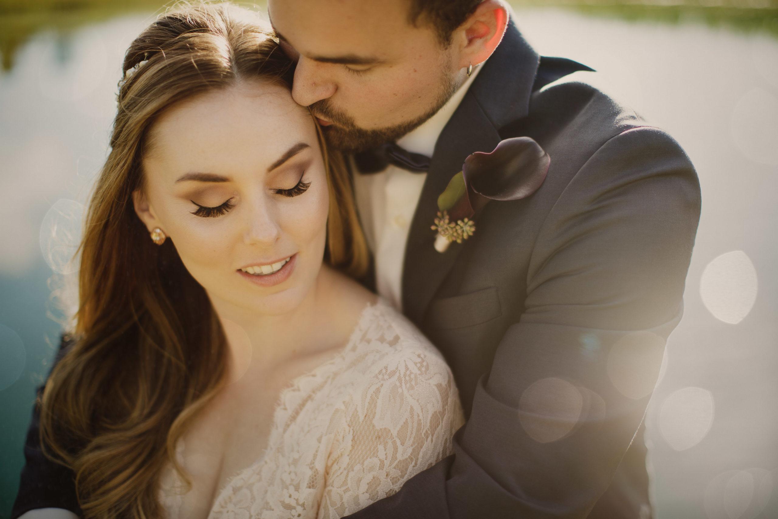 niagara water romance wedding photographer closeup