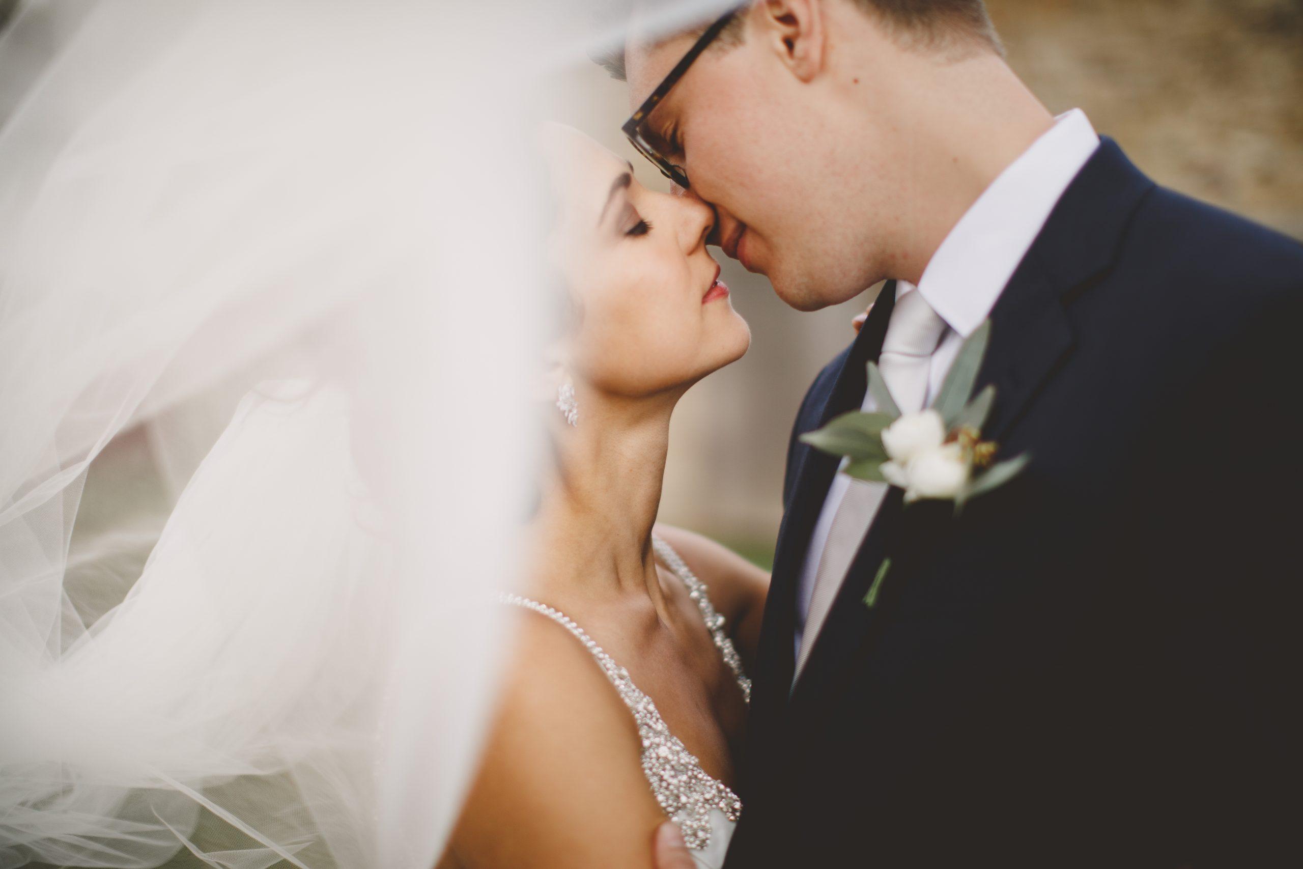 wedding veil romantic wind kiss