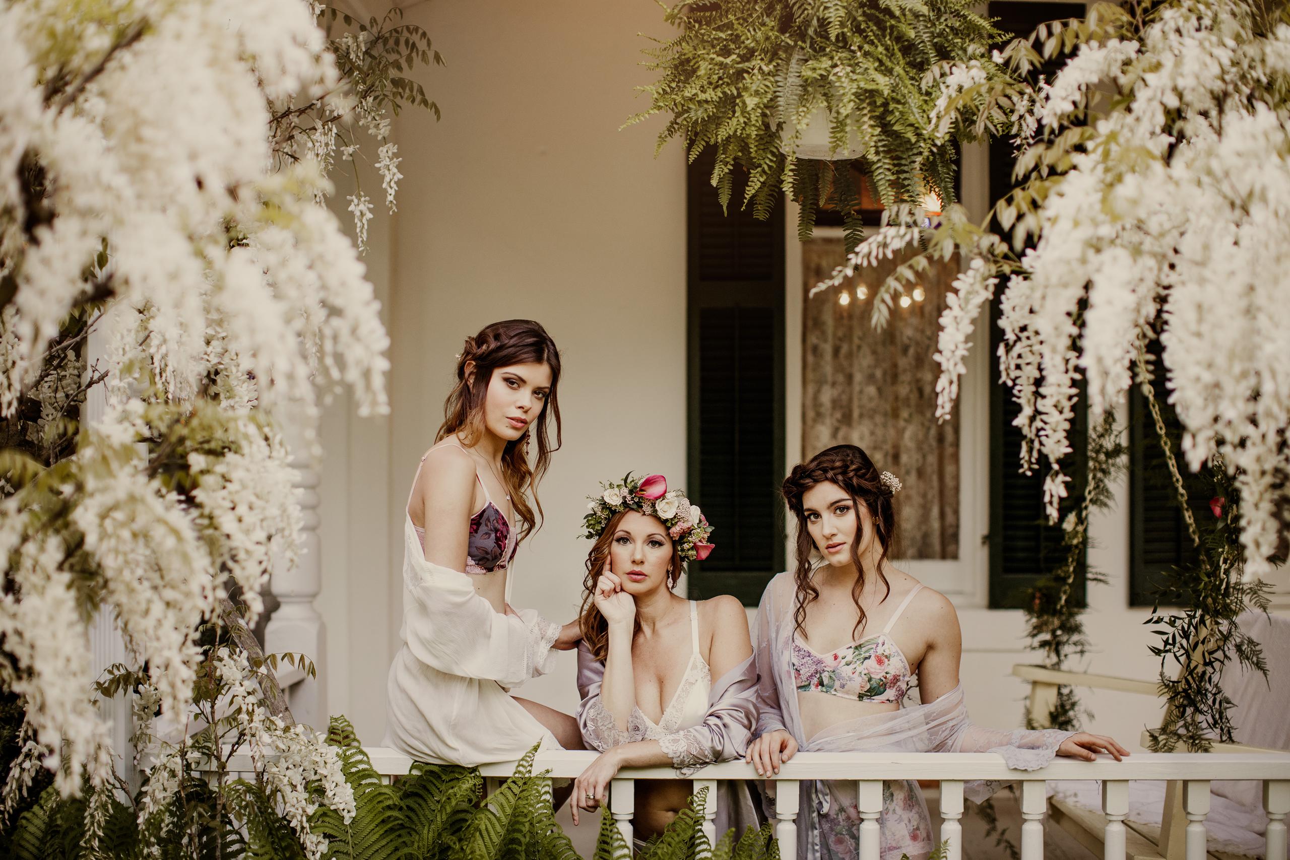 bridesmaids boudoir spring niagara afterglow