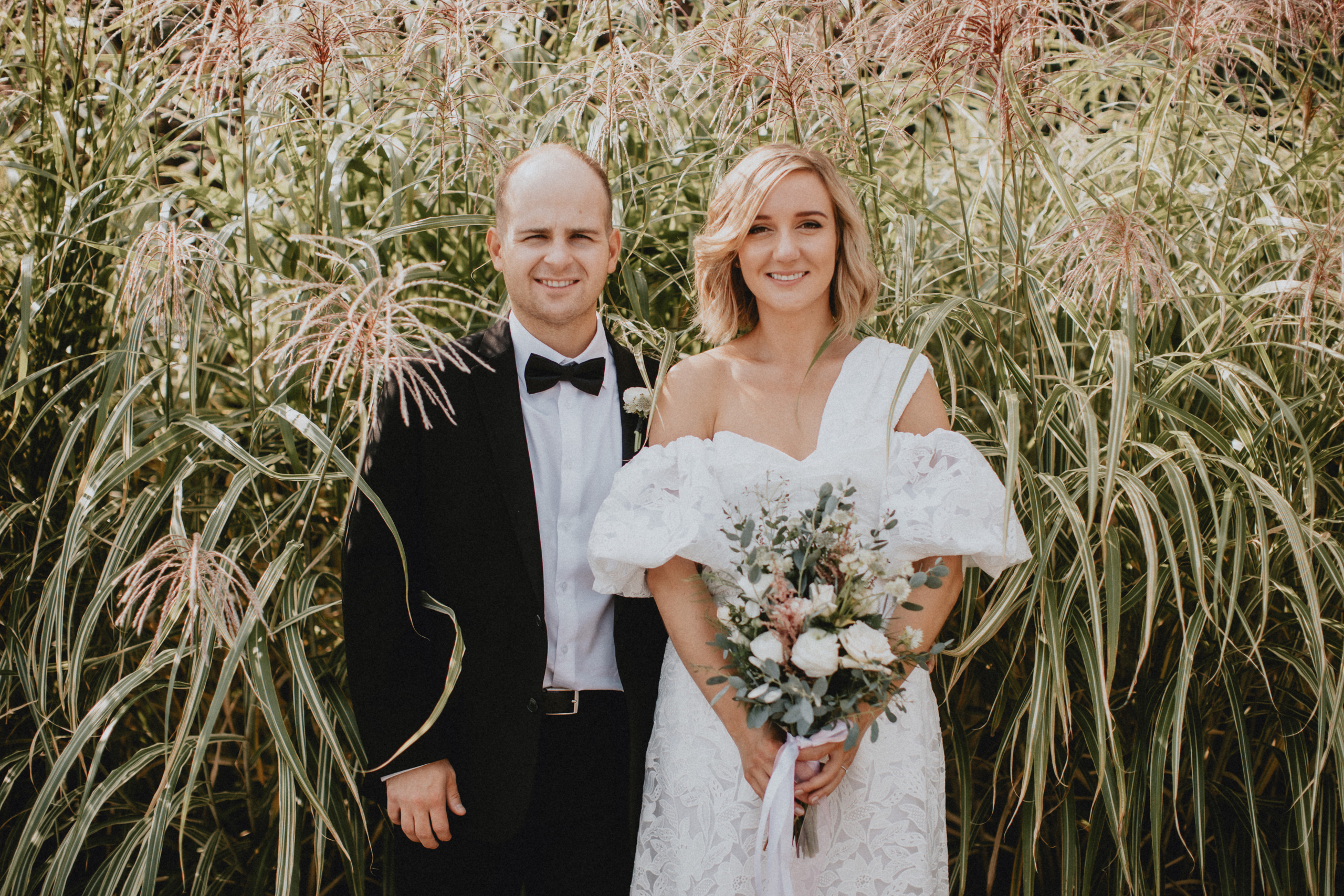fall wedding tall reeds grasses niagara photographer