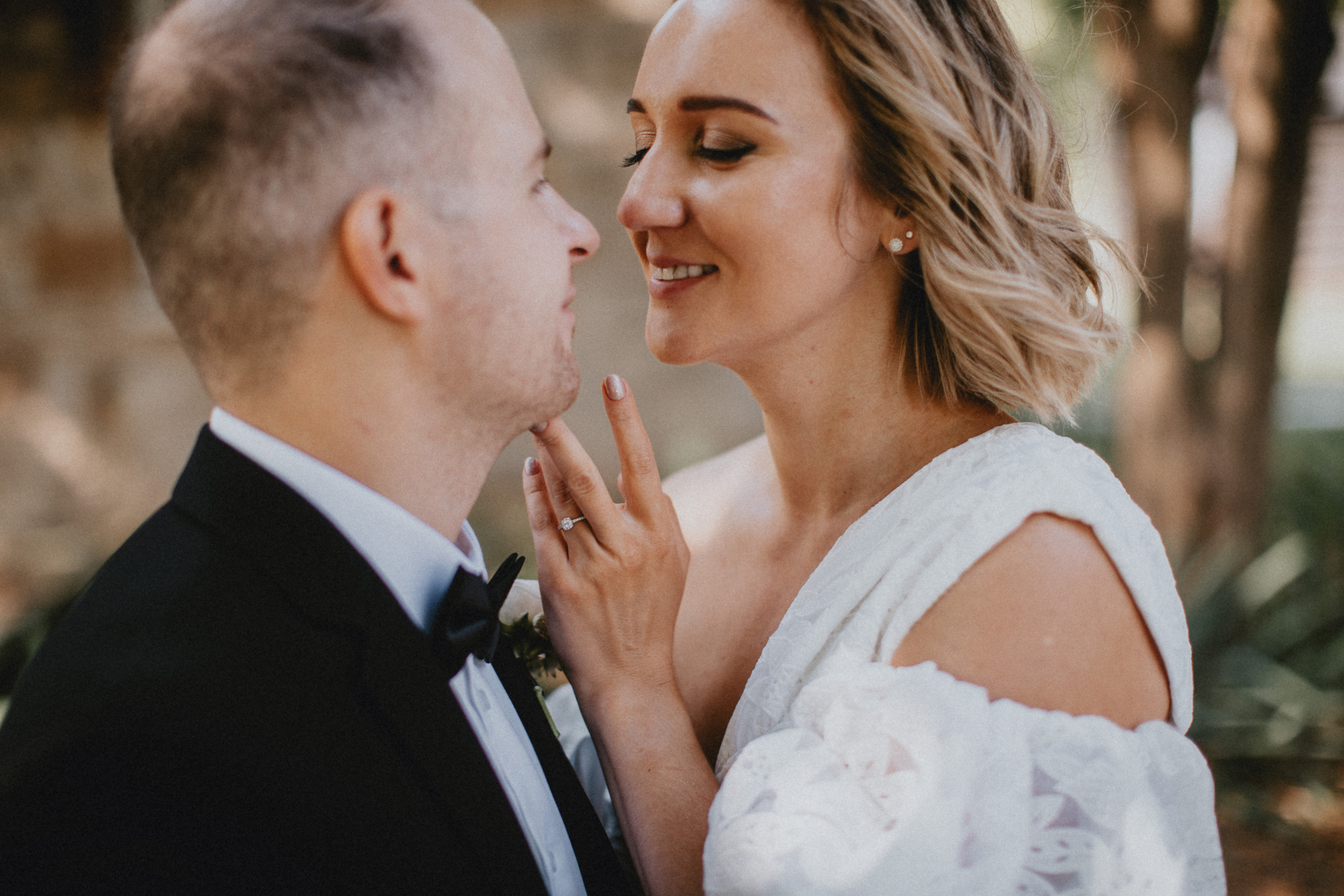 mini wedding elopement niagara on the lake queens royal park gazebo