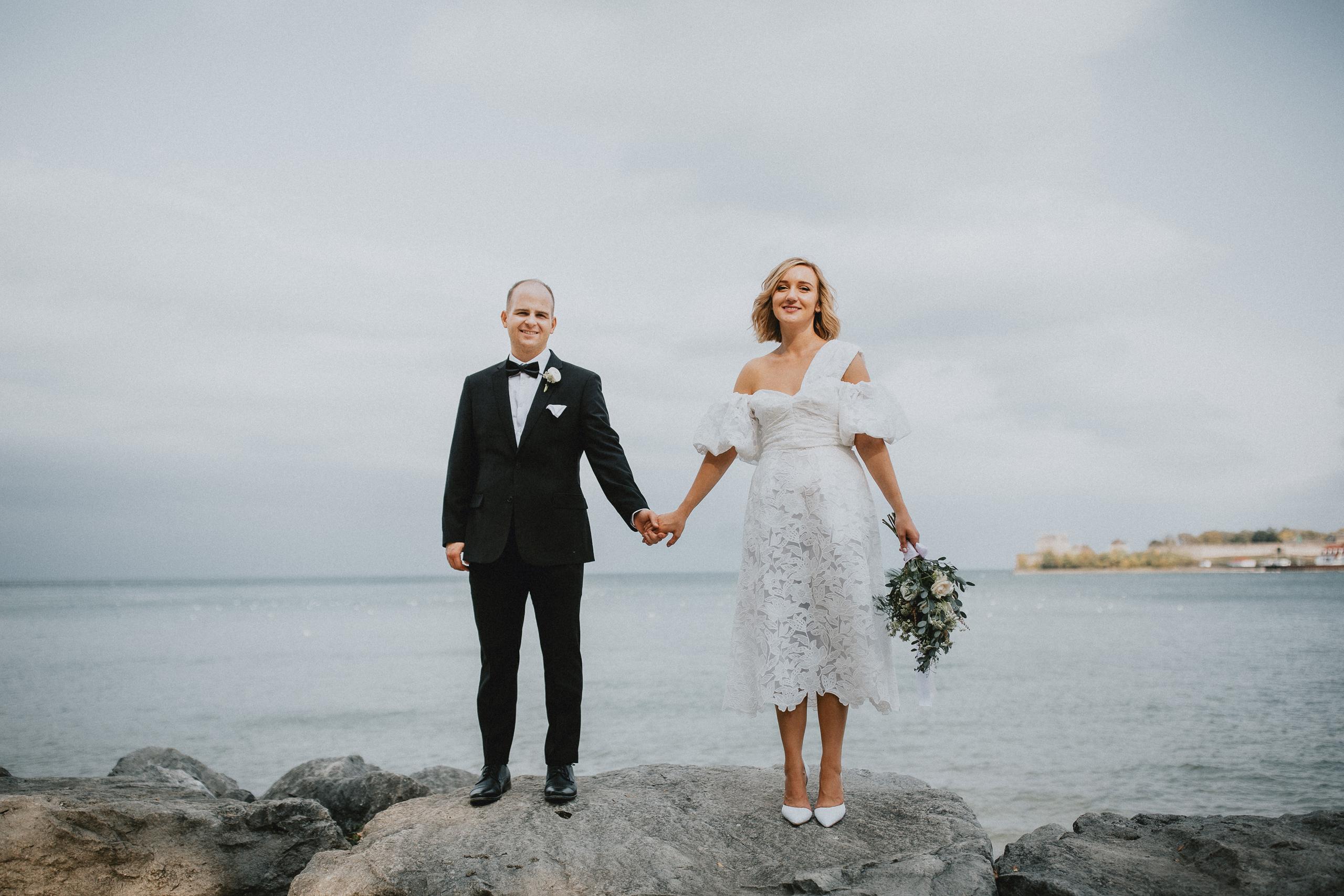 romantic beach wedding niagara on the lake afterglow photographer