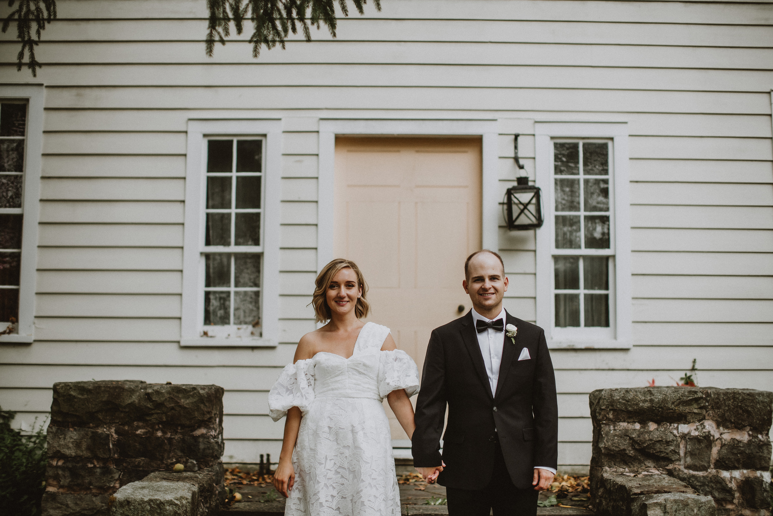 romantic niagara on the lake wedding film photographer afterglow