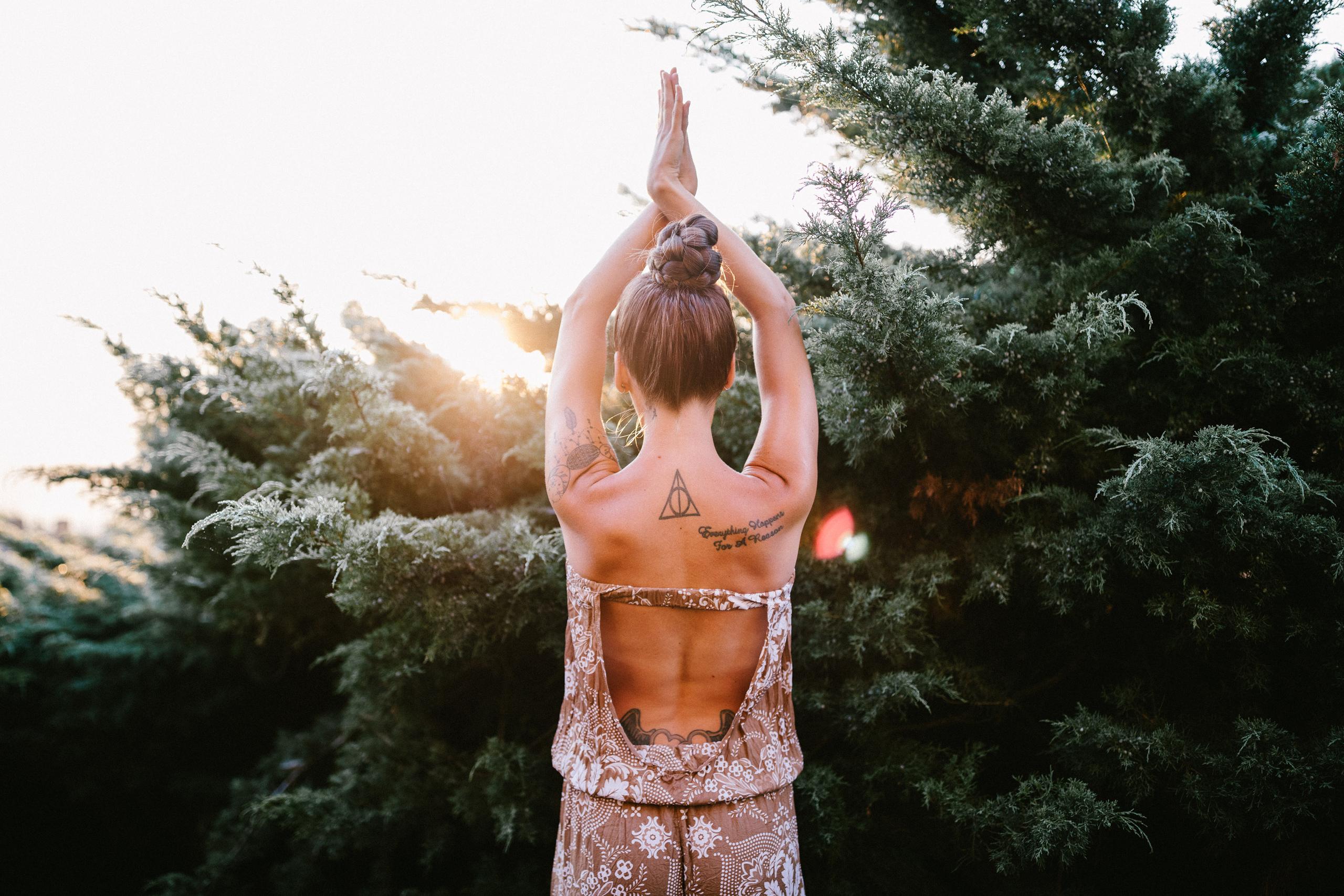 yoga tatoo outfit outdoor sunrise session